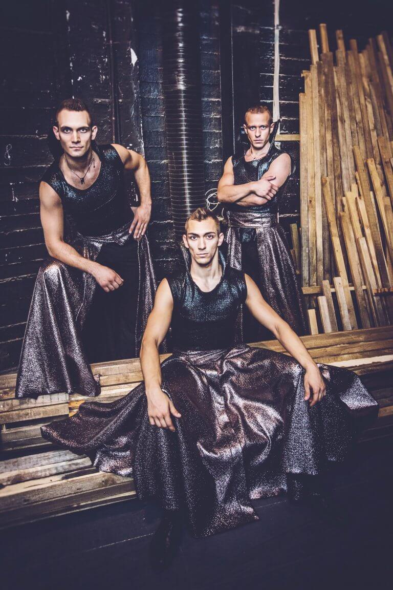 A Fricska Táncegyüttes első önálló estje Magyarországon
