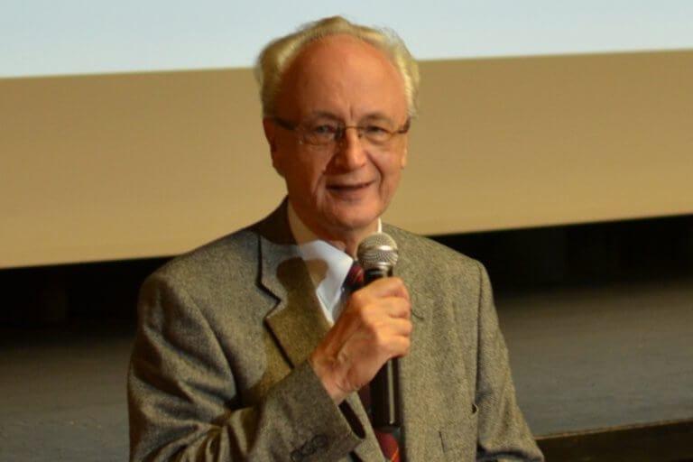 Dr. Balázs Csaba ONLINE előadása | (Majdnem) MINDENT a pajzsmirigyről